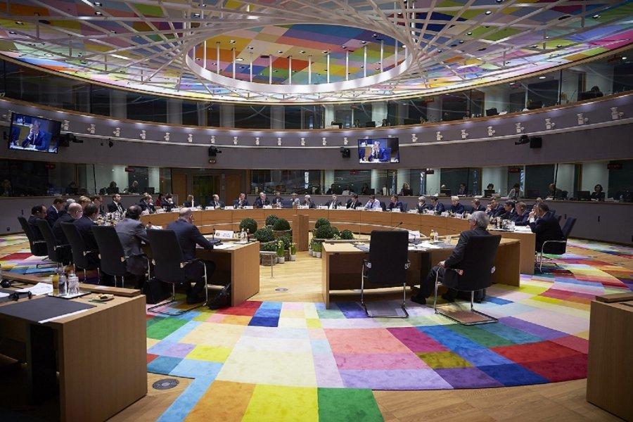 """Το Euroworking Group είπε """"ναι"""" στο να μην μειωθούν οι συντάξεις"""