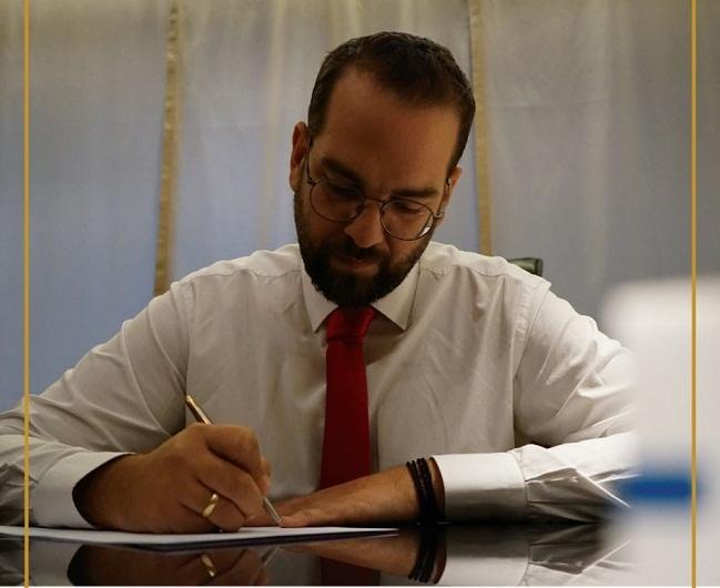 Συνωστισμός για το ψηφοδέλτιο του Νεκτάριου Φαρμάκη