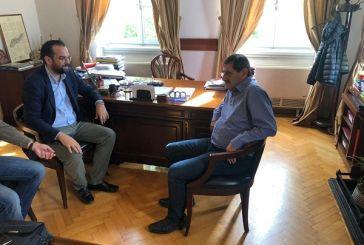 Συνάντηση Φαρμάκη με τον δήμαρχο Πατρέων και στελέχη της ΝΟΔΕ Αχαΐας