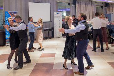 Ο Λαογραφικός της ΓΕΑ χόρεψε στο Διεθνές Συνέδριο της Ένωσης Ευρωπαίων Δημοσιογράφων