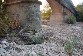 Επιτακτική ανάγκη μέτρων για την προστασία της γέφυρας Αβώρανης