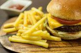 Ποιες τροφές πρέπει να αποφεύγουν οι άνω των 50 ετών