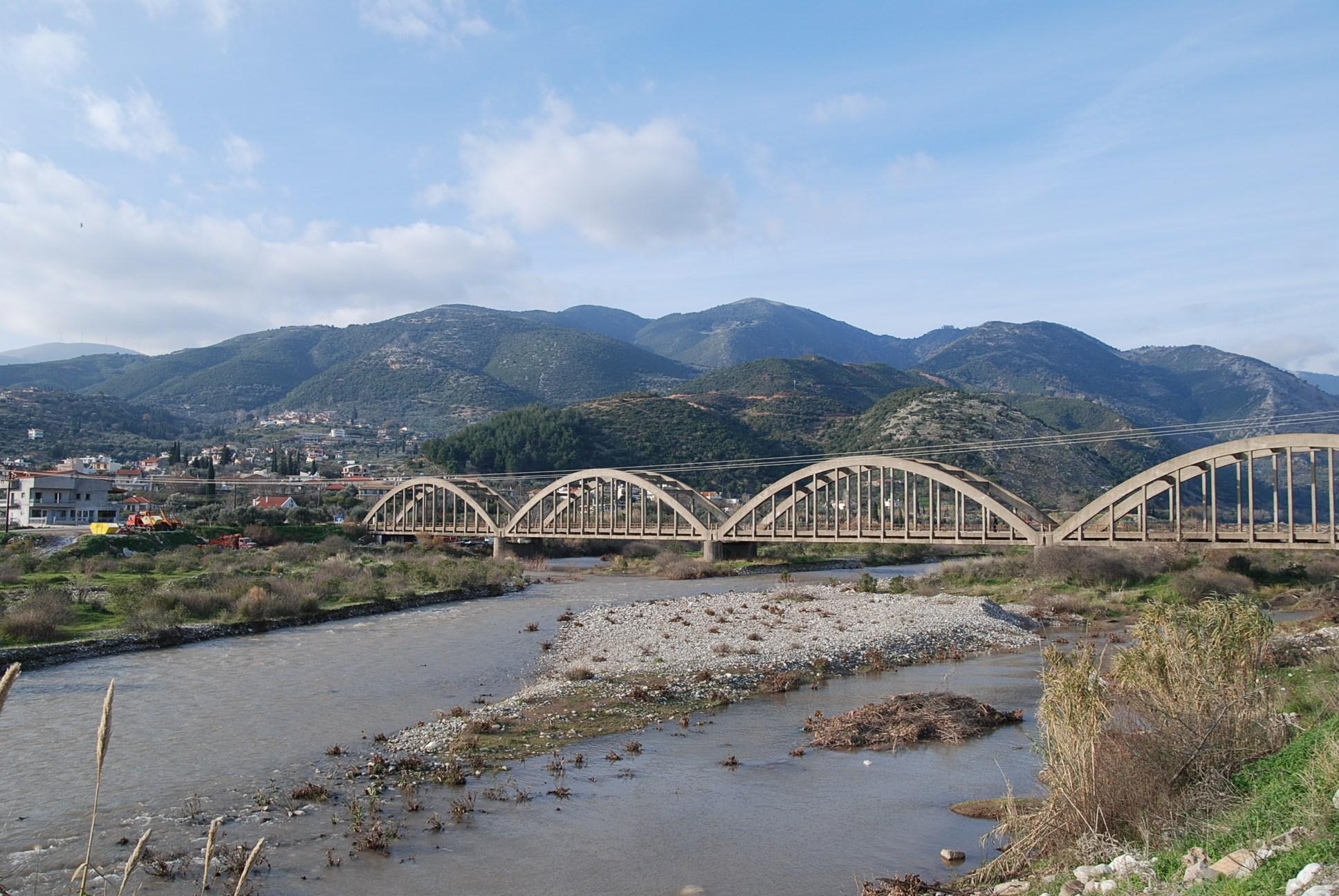 Γέφυρες «καρμανιόλες» σε Αχαΐα,Ηλεία, Αιτωλοακαρνανία
