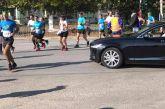 Απίστευτος Ψινάκης στον Μαραθώνιο: Απαίτησε να σταματήσει ο αγώνας για να περάσει με τη λιμουζίνα του!
