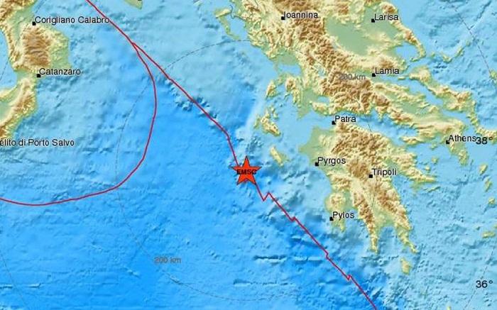 """Στη Ζάκυνθο το επίκεντρο του σεισμού που """"κούνησε""""  και το Αγρίνιο"""