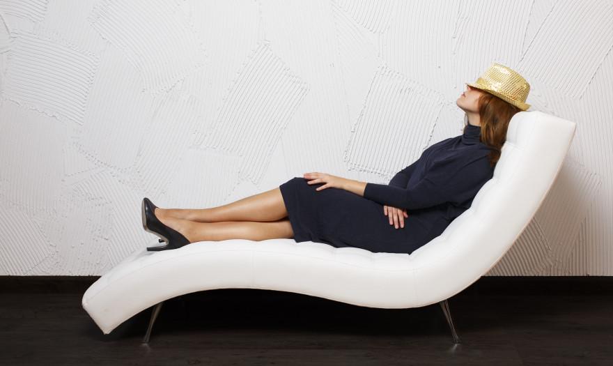 Πώς ένας μεσημεριανός ύπνος διάρκειας 30-90 λεπτών κάνει καλό στη δουλειά