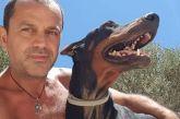 Ο «Άγιος των Σκύλων» από την Ιεράπετρα που έχει γίνει παγκόσμιο viral