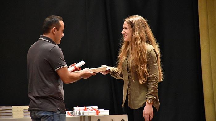 Βραβείο σε Αιτωλοακαρνάνα για διήγημα στα πλαίσια διαγωνισμού του ΚΚΕ