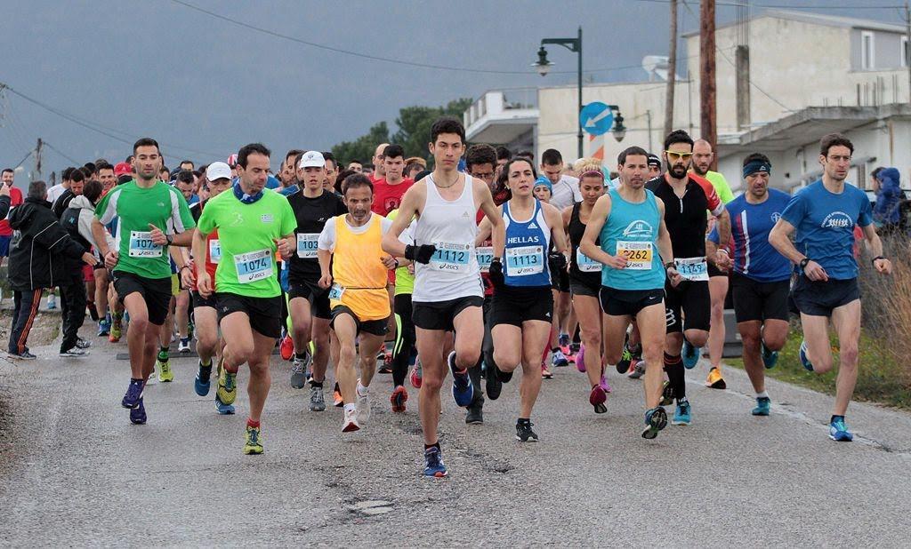 Πρωτοχρονιάτικο χαλαρό τρέξιμο στο Αγρίνιο με τον Σύλλογο Δρομέων Υγείας