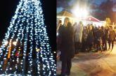 Φωταγωγήθηκε το Χριστουγεννιάτικο Δέντρο της Παλαίρου