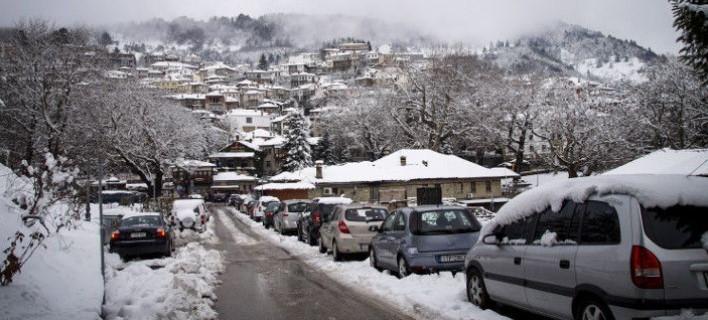 Οι Έλληνες παίρνουν τα βουνά – Τα Χριστούγεννα τα χειμερινά θέρετρα θα έχουν πληρότητα 80%