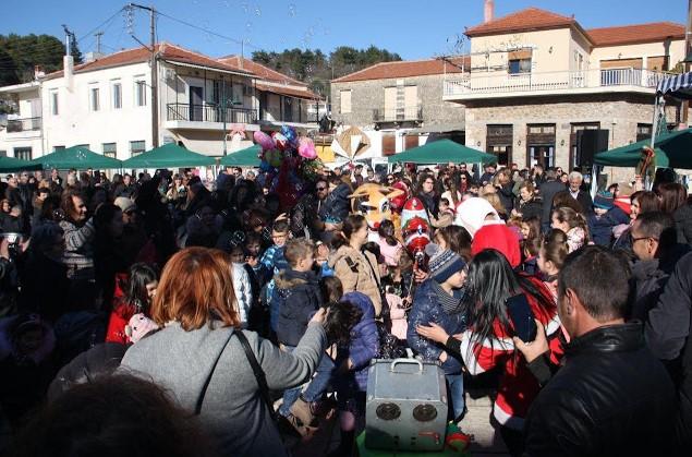 Πλήθος κόσμου στη γιορτή τσιγαρίδας στις Φυτείες (φωτο)