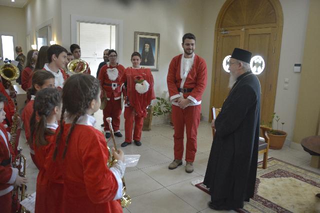 Χριστουγεννιάτικα κάλαντα στη Μητρόπολη Αιτωλίας και Ακαρνανίας