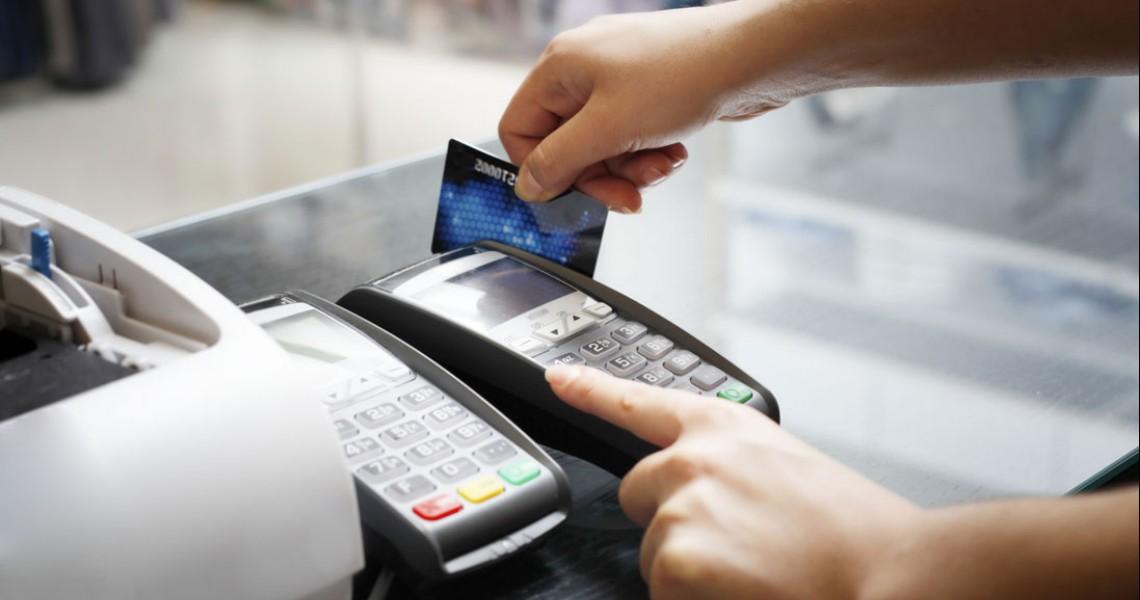 Πληρώνετε με πιστωτική κάρτα; Όλες οι αλλαγές από τις 14 Σεπτεμβρίου