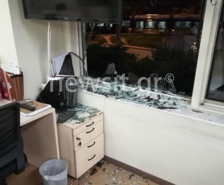 Έκρηξη στον ΣΚΑΙ: Βομβαρδισμένο τοπίο τα γραφεία – video