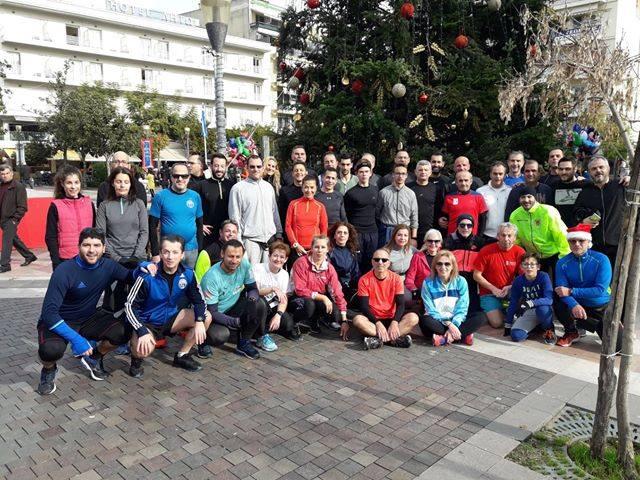Έτρεξαν (και τους ζηλέψαμε) χαλαρά την Πρωτοχρονιά οι Δρομείς Υγείας στο Αγρίνιο!