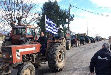 Παρατάχθηκαν τα τρακτέρ στα Καλύβια…