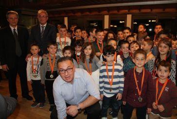 Πετυχημένη και με βραβεύσεις εκδήλωση της Ακαδημίας Θέρμου