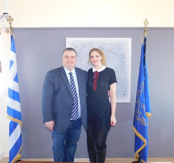 «Boμβαρδίζει» με ανακοινώσεις υποψηφιοτήτων ο Καραπάνος