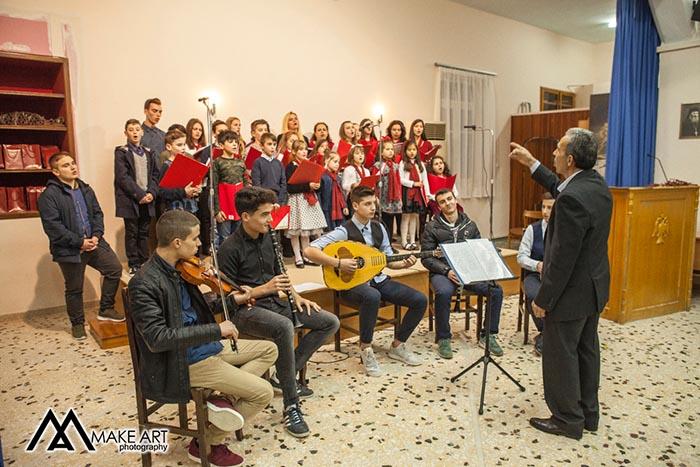 """Μουσική εκδήλωση στην ενορία Αγίου Νικολάου Αστακού από την χορωδία """"Εμμέλεια"""" (φωτο)"""