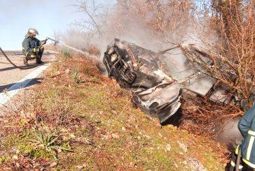 Πρωινός τρόμος για Αγρινιώτη κοντά στο Λιγοβίτσι,  τυλίχθηκε στις φλόγες το όχημα του