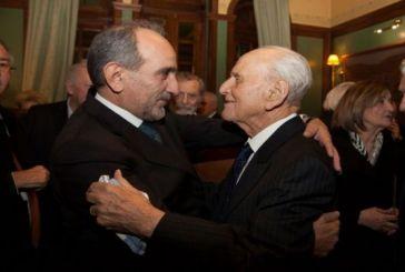 Μπορούσε να λείπει από του Λιβάνη ο Απ. Κατσιφάρας;