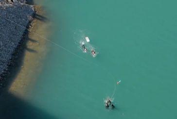 Πανέμορφες εικόνες από τα Θεοφάνεια στη λίμνη Κρεμαστών (video)