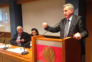 Η παρέμβαση του Ανδρέα Μακρυπίδη στην εκδήλωση ενάντια στο κλείσιμο της Εθνικής Τραπεζας στον Αστακό