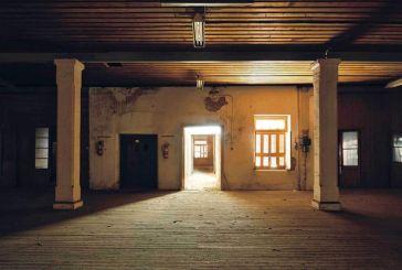 Αγρίνιο: Σκιές και φως στον «Παπαστράτο»