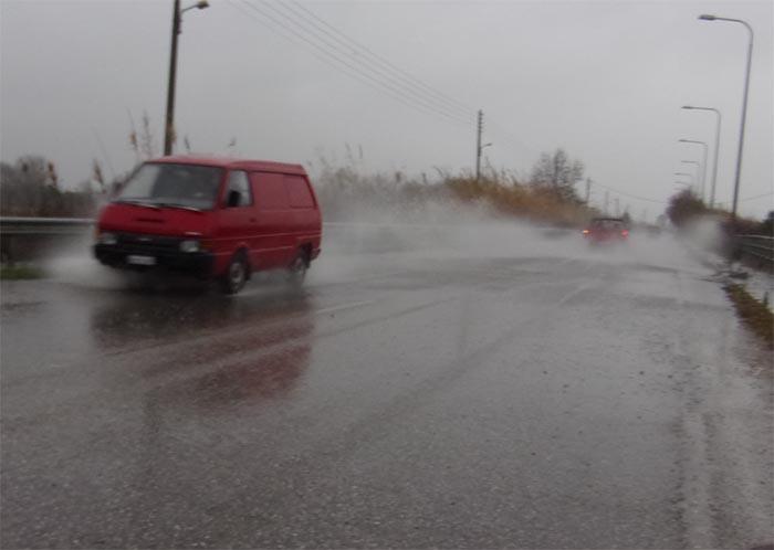 """Κυκλοφοριακές ρυθμίσεις στο οδικό δίκτυο της Αιτωλοακαρνανίας λόγω """"Ιανού"""""""