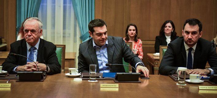 Τσίπρας στο υπουργικό: Στα 650 ευρώ ο κατώτατος μισθός -Στο 10,9% η αύξηση