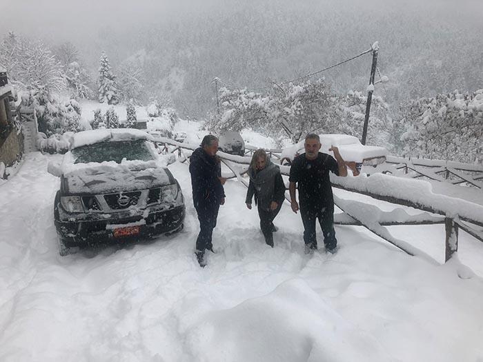 Συνεχίζεται η χιονόπτωση στα ορεινά της Αιτωλοακαρνανίας – πως έχει η κατάσταση στους δρόμους