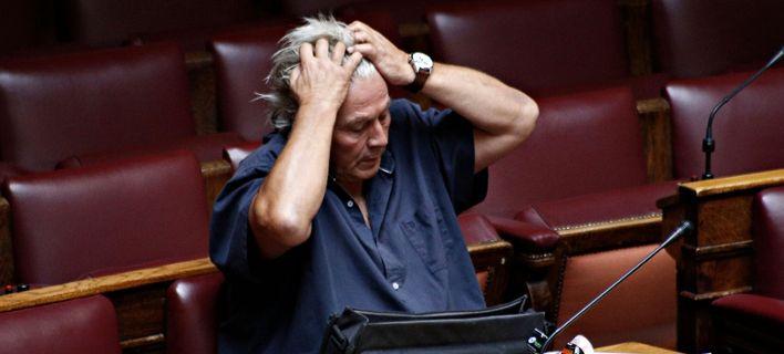 Ζήτησαν στον Παπαχριστόπουλο να παραιτηθεί σε 4 ημέρες -Για να ψηφίσει το ΝΑΤΟ!
