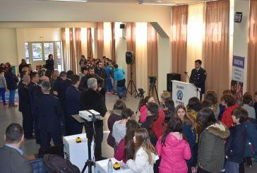 Οι μαθητές του Αγρινίου ενημερώνονται για τους κινδύνους του διαδικτύου (video-φωτο)