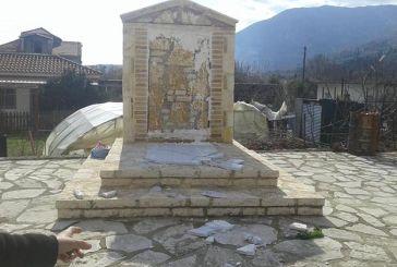 Aστυνομική έρευνα για τον βανδαλισμό του Μνημείου Ηρώων στο Βασιλόπουλο