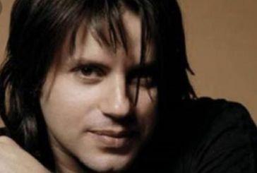 O γνωστός τραγουδιστής Δημήτρης Κοργιαλάς υποψήφιος δημοτικός σύμβουλος Ναυπακτίας