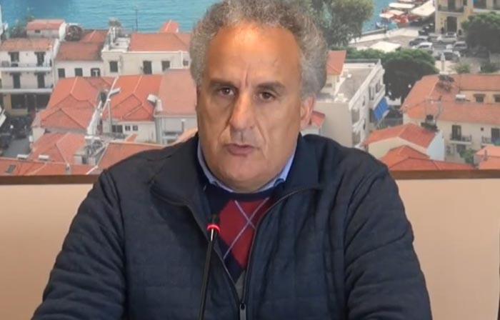 Υποψήφιος δήμαρχος Ναυπακτίας και ο Κοτσανάς