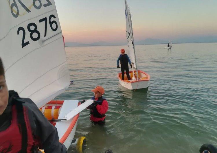 Τέσσερις μικροί αθλητές ο Ν.Ο. Μεσολογγίου στο πρωτάθλημα Optimist στην Βόνιτσα