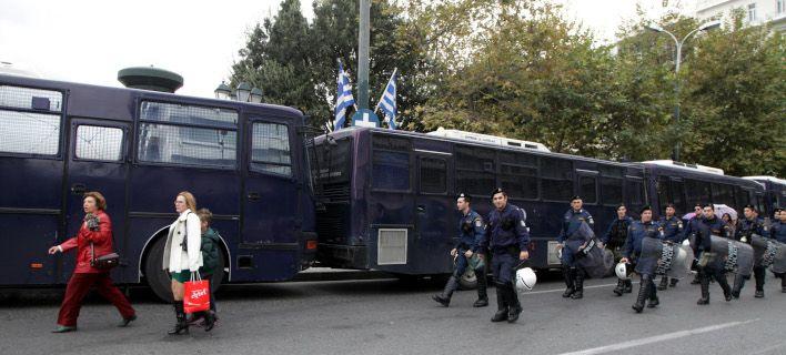 Σε κλοιό ασφαλείας οι παρελάσεις στη χώρα – 1.600 αστυνομικοί στην Αθήνα