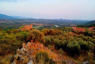 Σε λίγο, για 50.000 ευρώ, δεν θα είναι όρθιος και ο εμβληματικός Πύργος στην Ακρόπολη της Παλαιομάνινας!