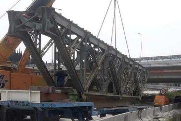 Καθ΄οδόν για Θέρμο η  σιδηρογέφυρα που θα τοποθετηθεί στο δρόμο Αμβρακιά -Αργυρό Πηγάδι
