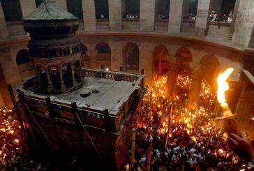 Με καθυστέρηση η άφιξη του Αγίου Φωτός – Αναμένεται στην Ελλάδα στις 20:00