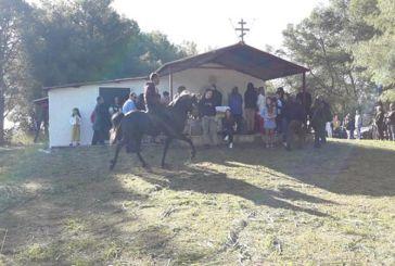 Παλιάμπελα: Με τους καβαλάρηδες και φέτος ο εορτασμός του Αγίου Γεωργίου (φωτο)