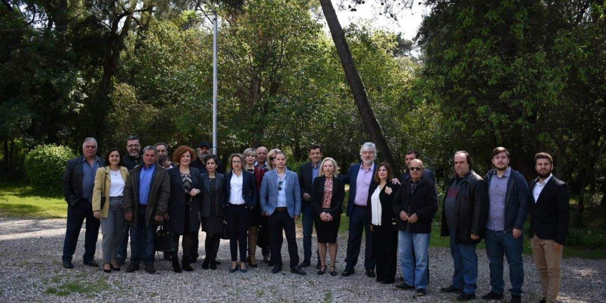 Σημειολογικά από το Πάρκο η ανακοίνωση των υποψηφίων της «Συμμαχίας Πολιτών»