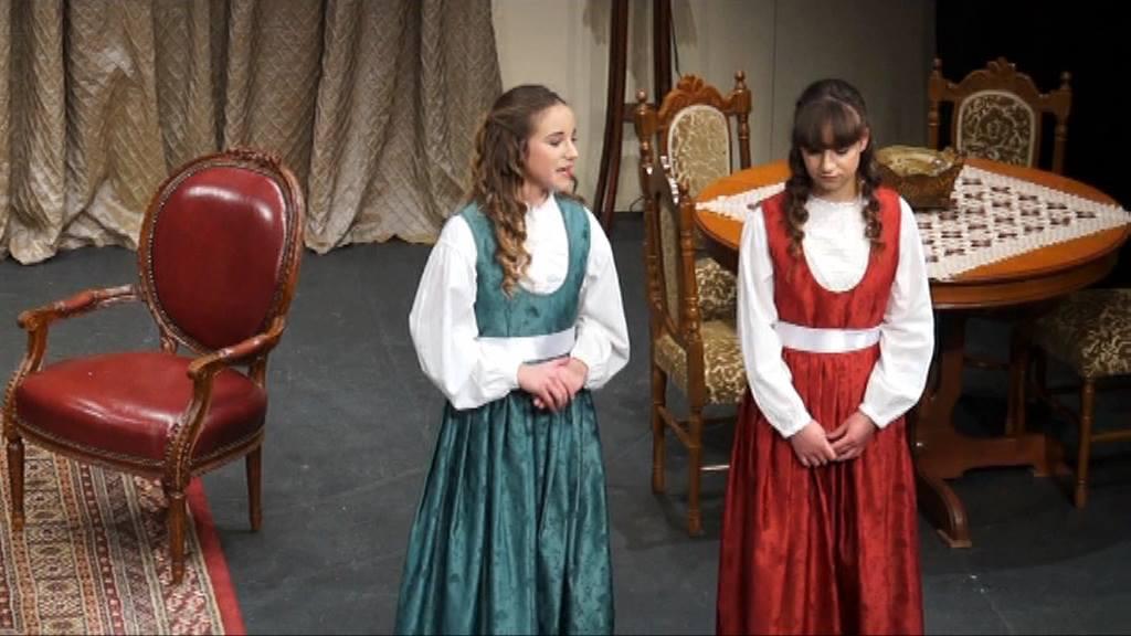 Οι δίδυμες του 10ου Μαθητικού Φεστιβάλ Θεάτρου στο Αγρίνιο (φωτο & βίντεο)