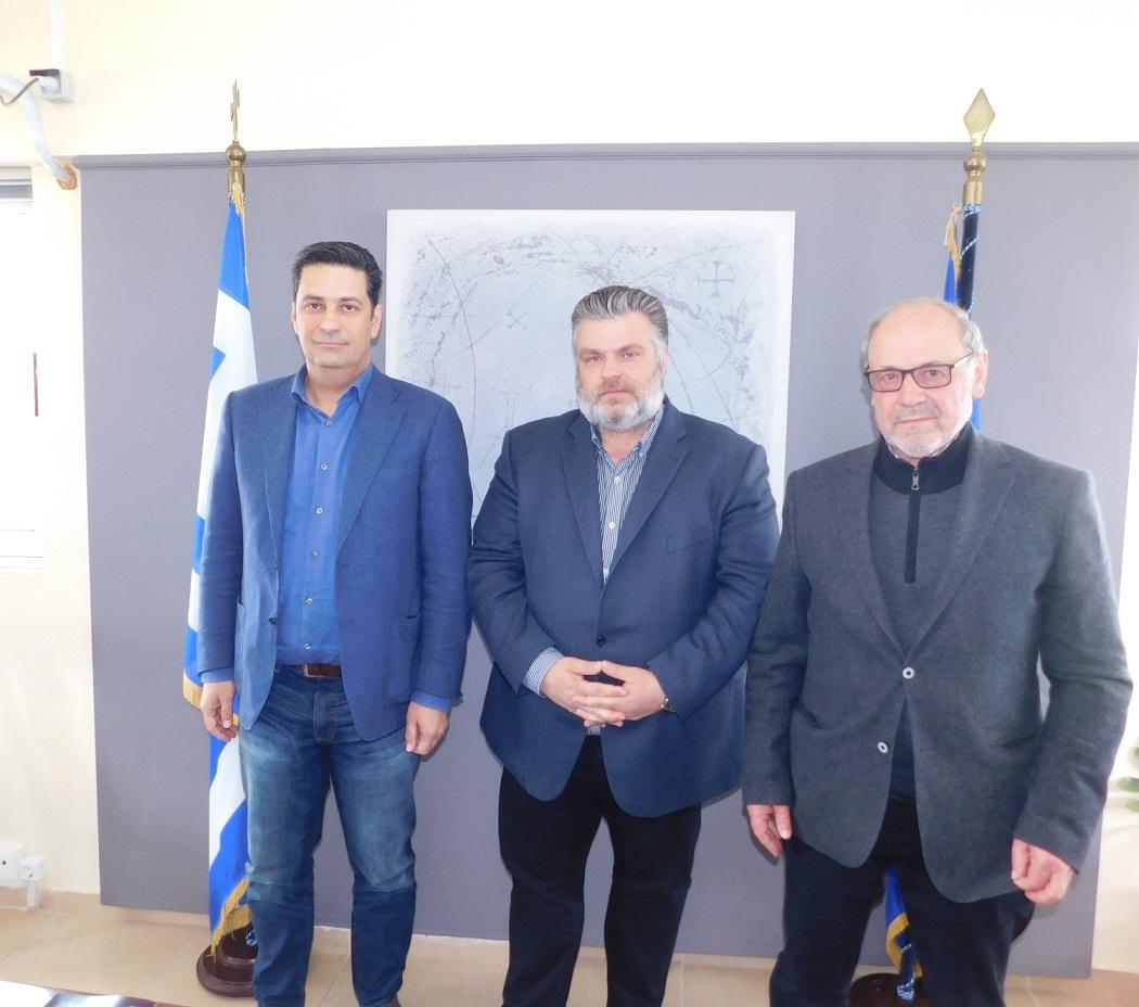 Συναντήθηκαν κατόπιν εορτής οι τρεις δήμαρχοι και… συμφώνησαν πως είναι απαράδεκτο το σχέδιο για την Τριτοβάθμια