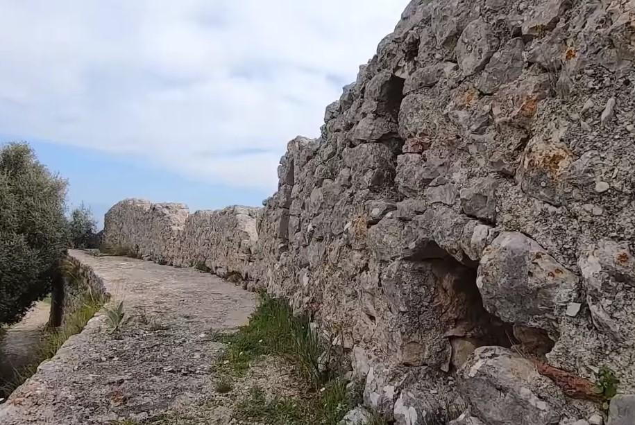 Ξενάγηση στο Ενετικό Κάστρο της Βόνιτσας (video)