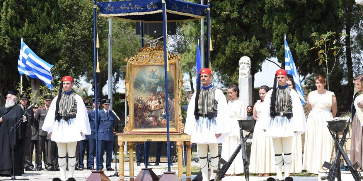 Κορυφώθηκαν με λαμπρότητα οι Εορτές Εξόδου στο Μεσολόγγι  παρουσία του Προέδρου της Δημοκρατίας