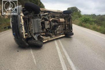 Κλούβα με Αγρινιώτη οδηγό τούμπαρε στο 7ο χλμ Αμφιλοχίας – Βόνιτσας
