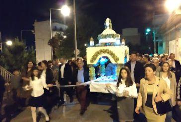 Πλήθος και φέτος στην Ακολουθία και Περιφορά του Επιταφίου στον Άγιο Θωμά Αγρινίου